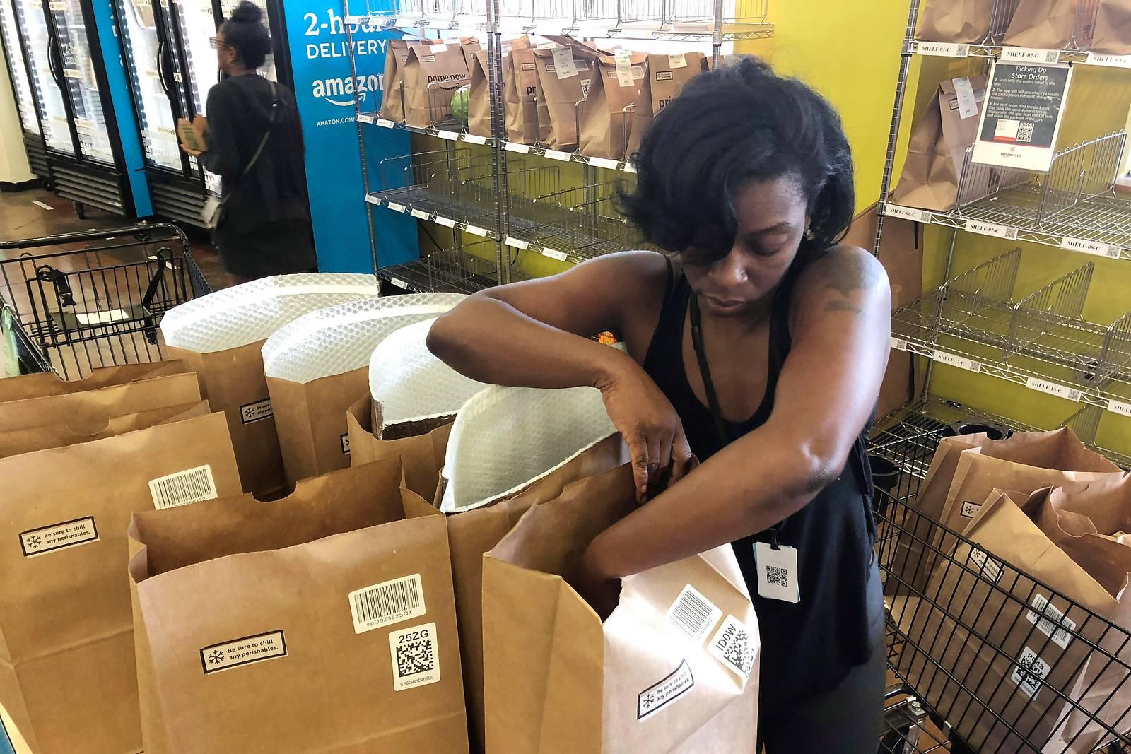 Bericht: Amazon baut Netz an Biosupermärkten in USA aus