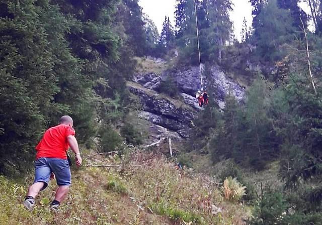 Bergung eines abgestürzten Mountainbikers