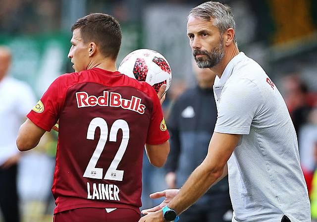 Stefan Lainer Coach Marco Rose (beide RBS)