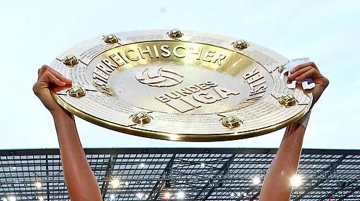 Hochgestreckter Bundesliga-Meisterteller