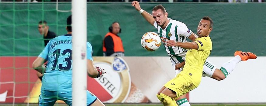 Veton Berisha (Rapid) und Santi Cazorla (Villarreal)