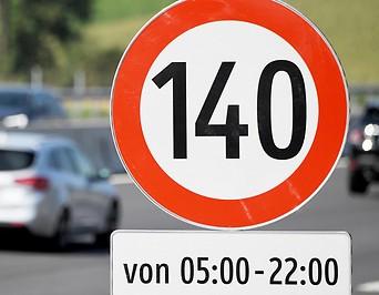 Tempo-140-Schild