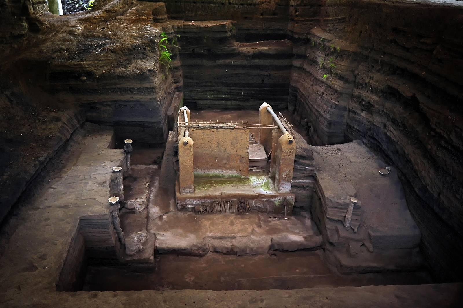 Menschliche Überreste an Maya-Grabungsstätte entdeckt