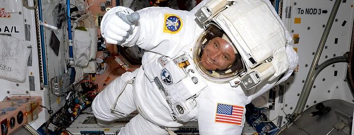 Astronaut in der ISS