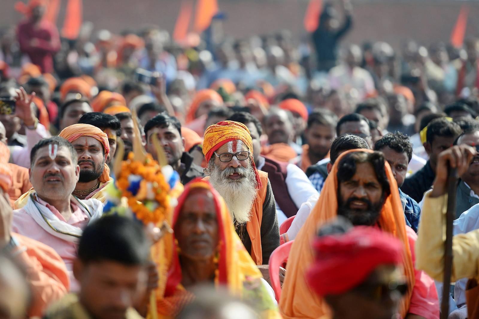 Hunderttausende Hindus fordern Tempelbau in Ayodhya