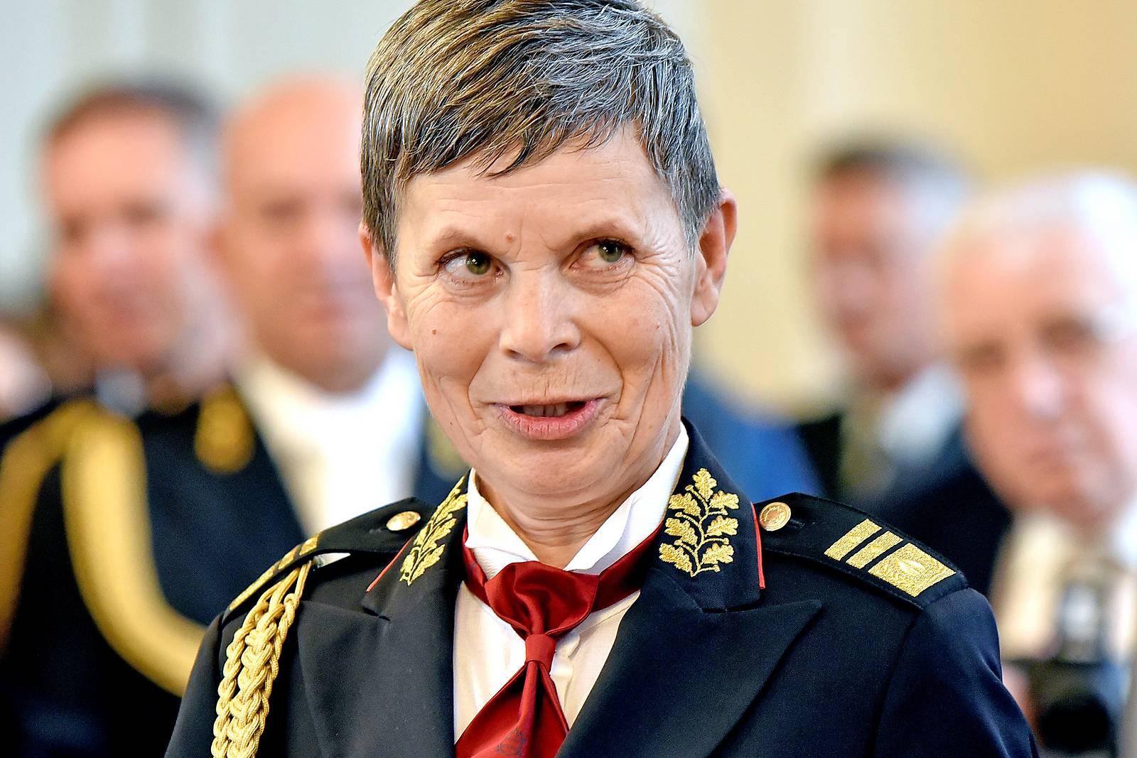 Erstmals Frau an Spitze der slowenischen Armee