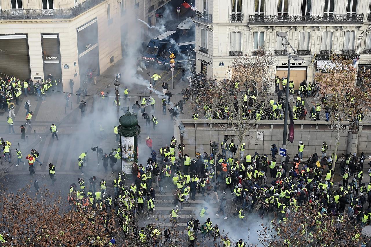 Zusammenstöße in Paris