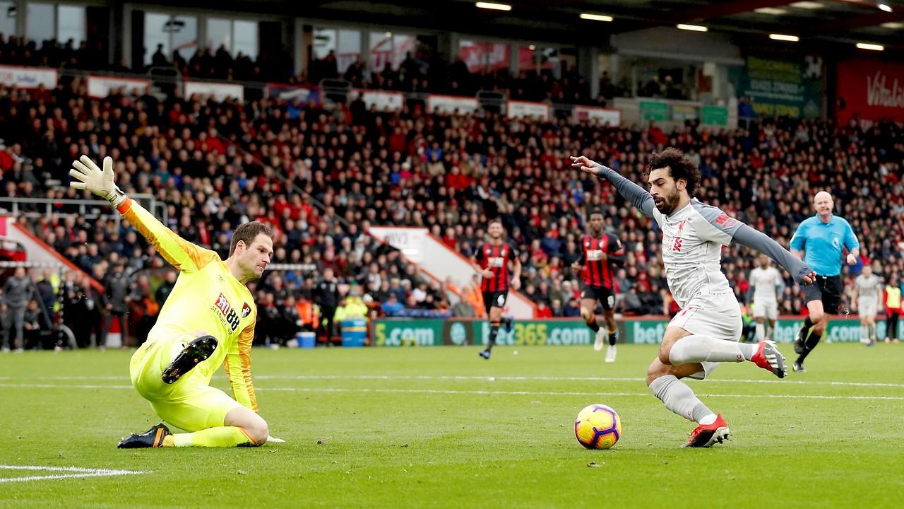 Liverpools Mohamed Salah schießt ein Tor gegen Bournemouth