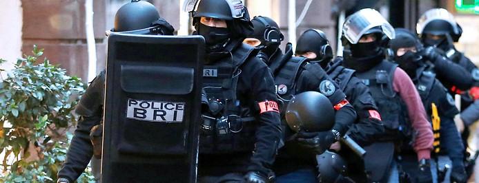 Einsatzkräfte in Straßburg