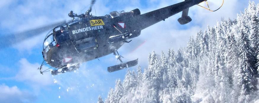 Bundesheerhubschrauber in verschneiter Umgebung