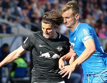 Marcel Sabitzer (RB Leipzig) und Stefan Posch (Hoffenheim)