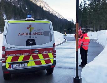 Lawinenabgang im Ortsteil Ammerwald der Tiroler Bezirkshauptstadt Reutte