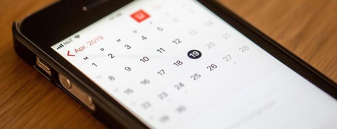 Kalender auf einem Mobiltelefon