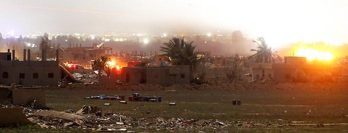 Feuer und Rauch über Baghus