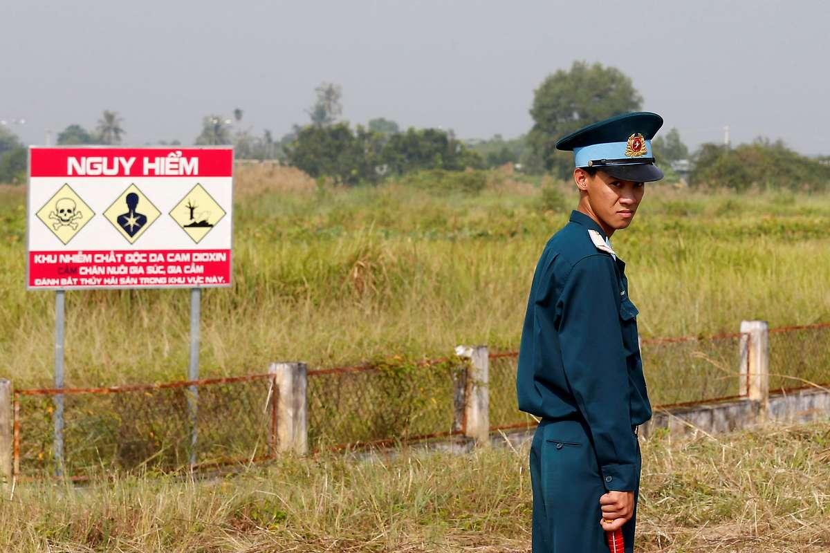 USA und Vietnam säubern Militärbasis von Gift Agent Orange