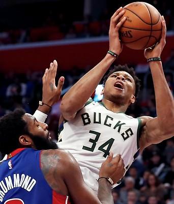 Giannis Antetokounmpo (Milwaukee Bucks) gegen Andre Drummond (Detroit Pistons)