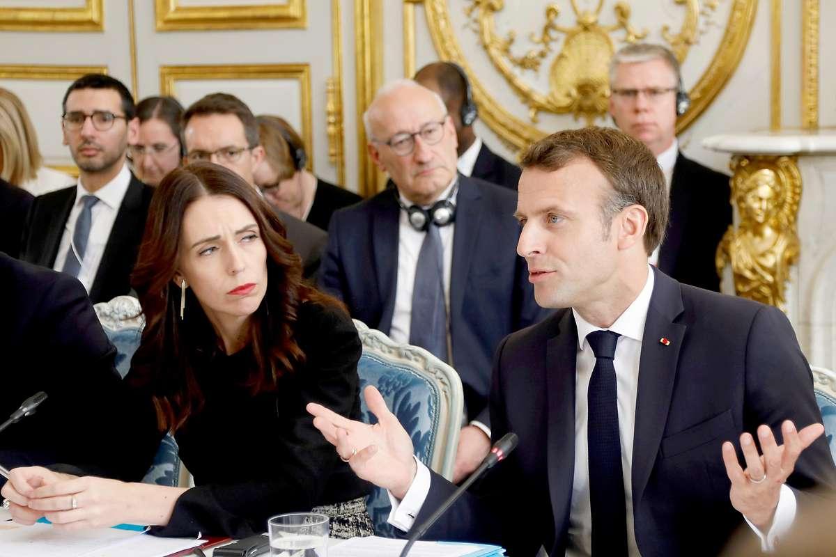 Macron und Ardern sagen Onlineterror den Kampf an