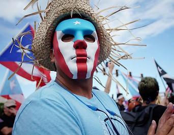 Demonstrant in Puerto Rico