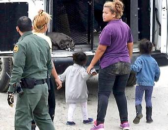 Illegal eingereiste Familie wird festgehalten