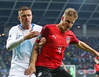 Josip Ilicic (SLO) und Martin Hinteregger (AUT)