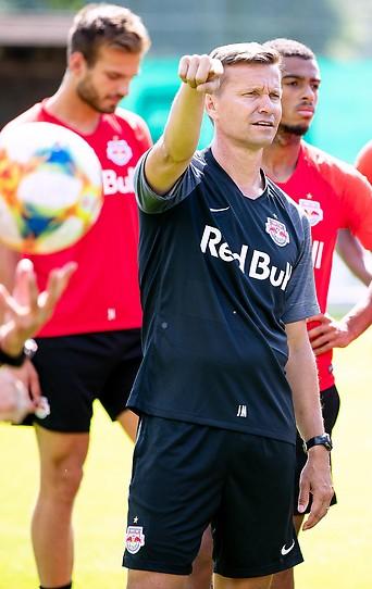 Trainer Jesse Marsch beim Mannschaftstraining