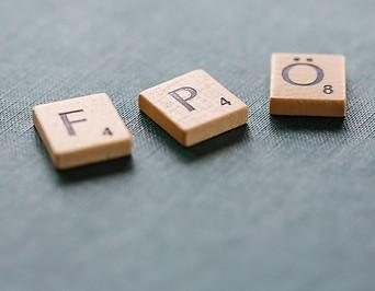 FPÖ geformt aus Scrabble Buchstaben