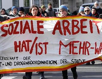 Demonstration vor dem Sozialministerium in Wien