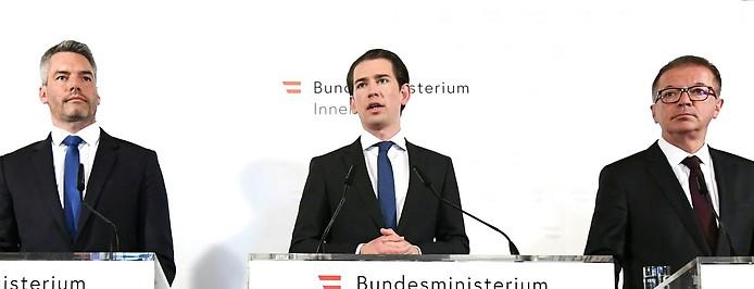 Innenminister Karl Nehammer (ÖVP), Bundeskanzler Sebastian Kurz (ÖVP) und Gesundheitsminister Rudolf Anschober (Grüne)