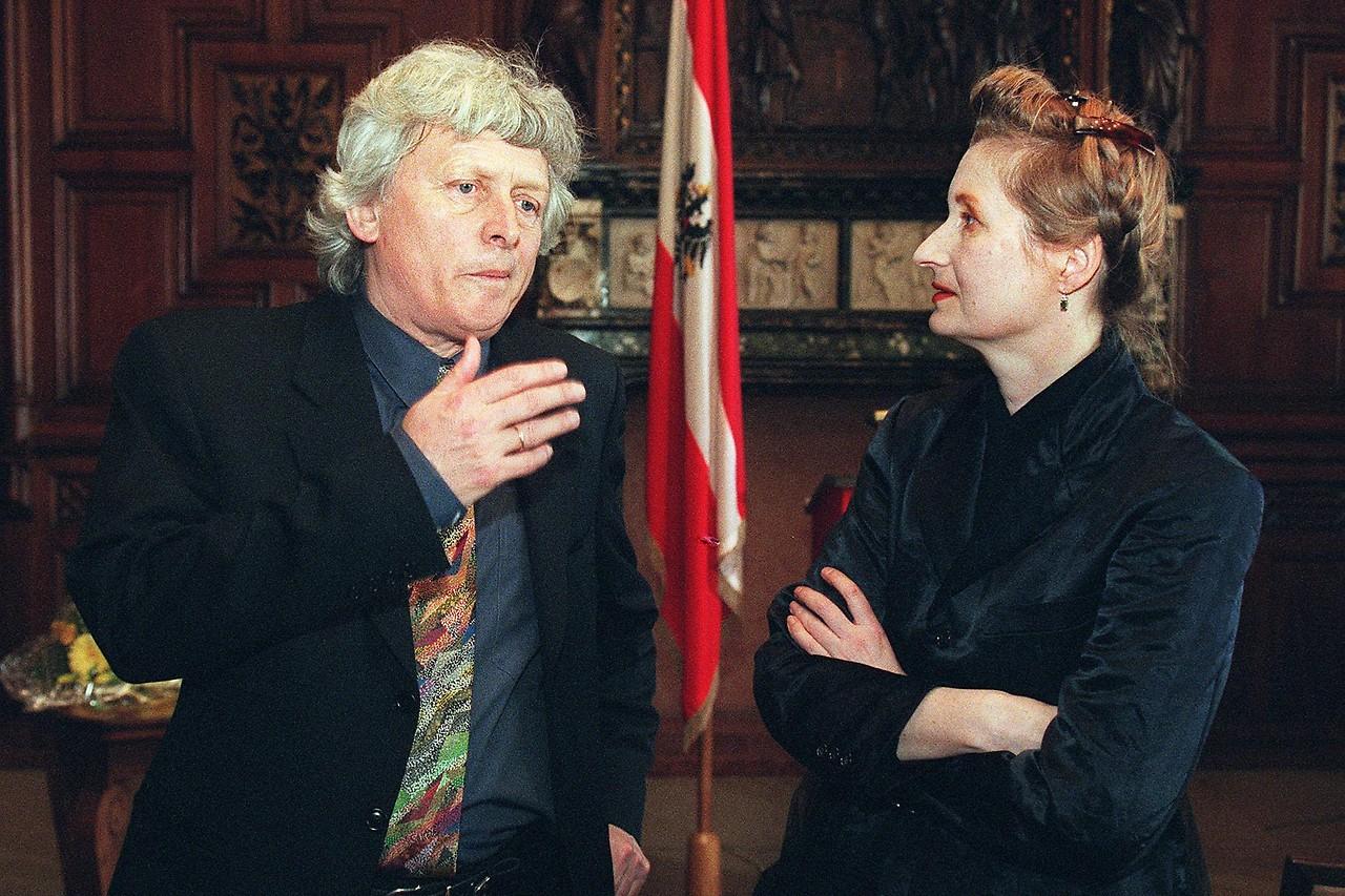 Alfred Kolleritsch in conversation with Elfriede Jelinek in 1997