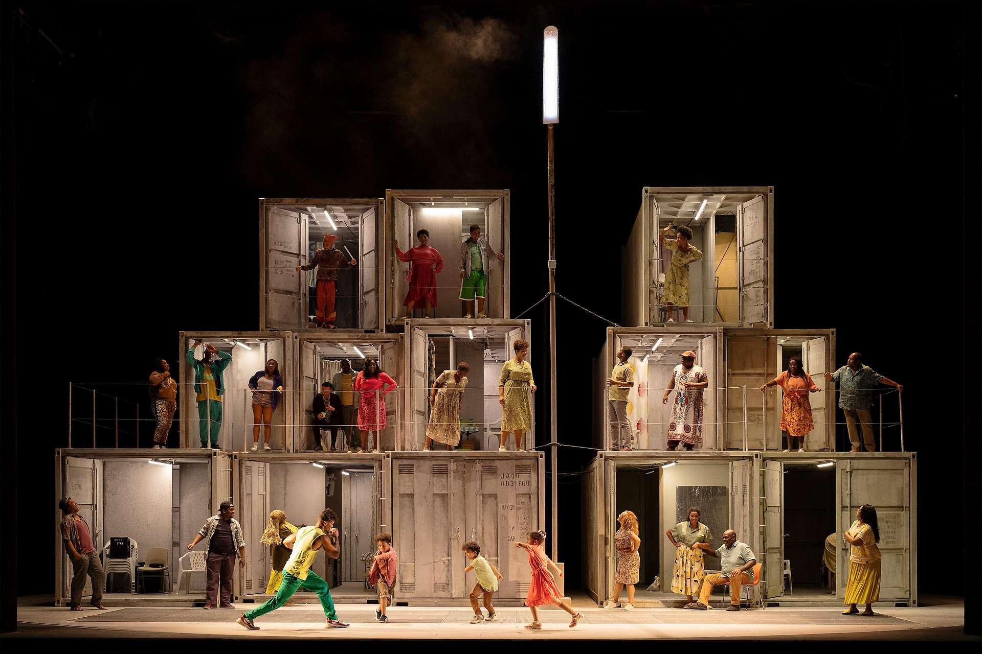 Ein sozialpolitischer und hochaktueller Opern-Krimi: Porgy and Bess im Theater an der Wien: Regie: Matthew Wild, am Pult: Wayne Marshall.