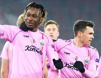 Jubel nach dem dritten Tor des LASK von Mamoudou Karamoko gegen Tottenham