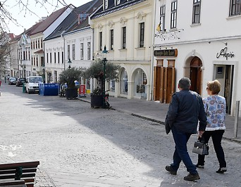 Passanten in Eisenstadt