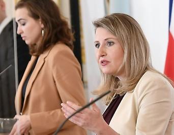 Innenminister Karl Nehammer, Justizministerin Alma Zadic, Frauenministerin Susanne Raab und Gesundheitsminister Wolfgang Mückstein