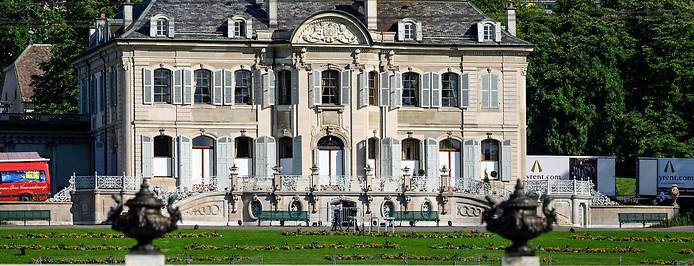 """Bild zeigt die """"Villa La Grange"""" in Genf."""
