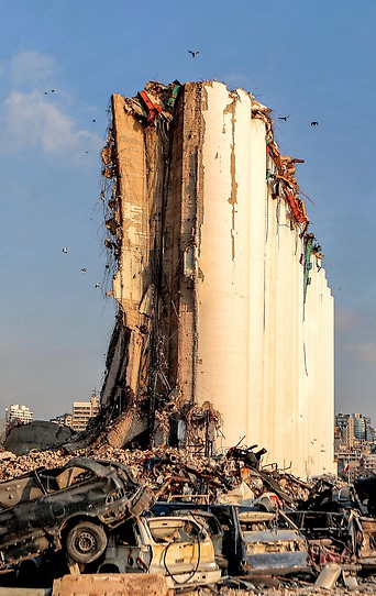 Bild zeigt die Folgen der Explosion in Beirut.
