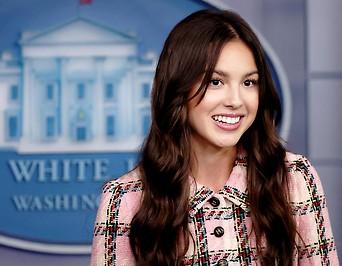 Die amerikanische Schauspielerin Olivia Rodrigo im Weißen Haus in Washington.