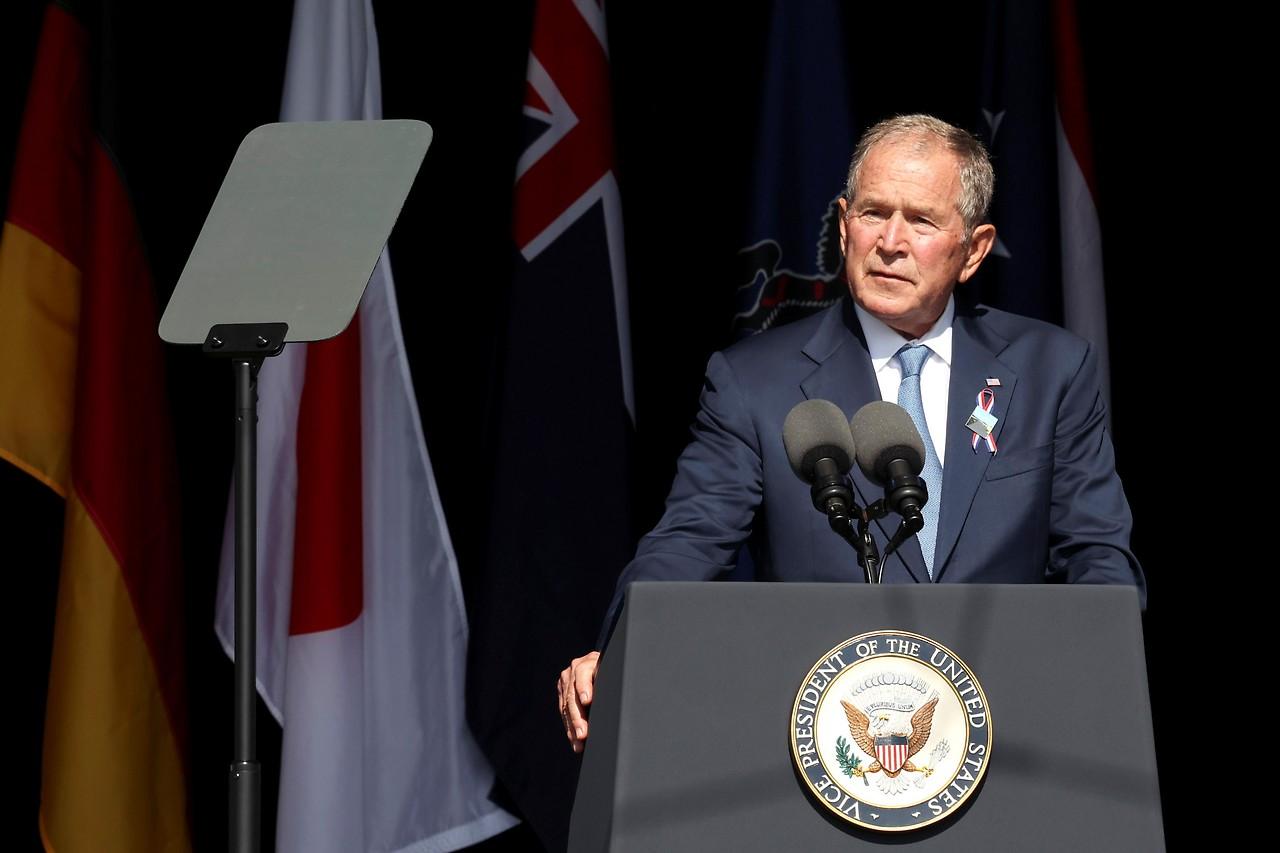 Der ehemalige US-Präsident George W. Bush während seiner Rede beim National Memorial in Stoystown (Pennsylvania)