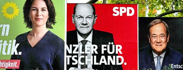 Wahlplakate der SpitzenkandidatInnen Annalena Baerbock (Die Grünen), Olaf Scholz (SPD) und Armin Laschet (CDU)