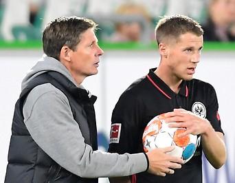 Frankfurt-Coach Oliver Glasner und Erik Durm