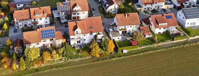Photovoltaik Anlagen in einer Wohnsiedlung