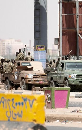 Fahrzeuge des sudanesischen Militärs.